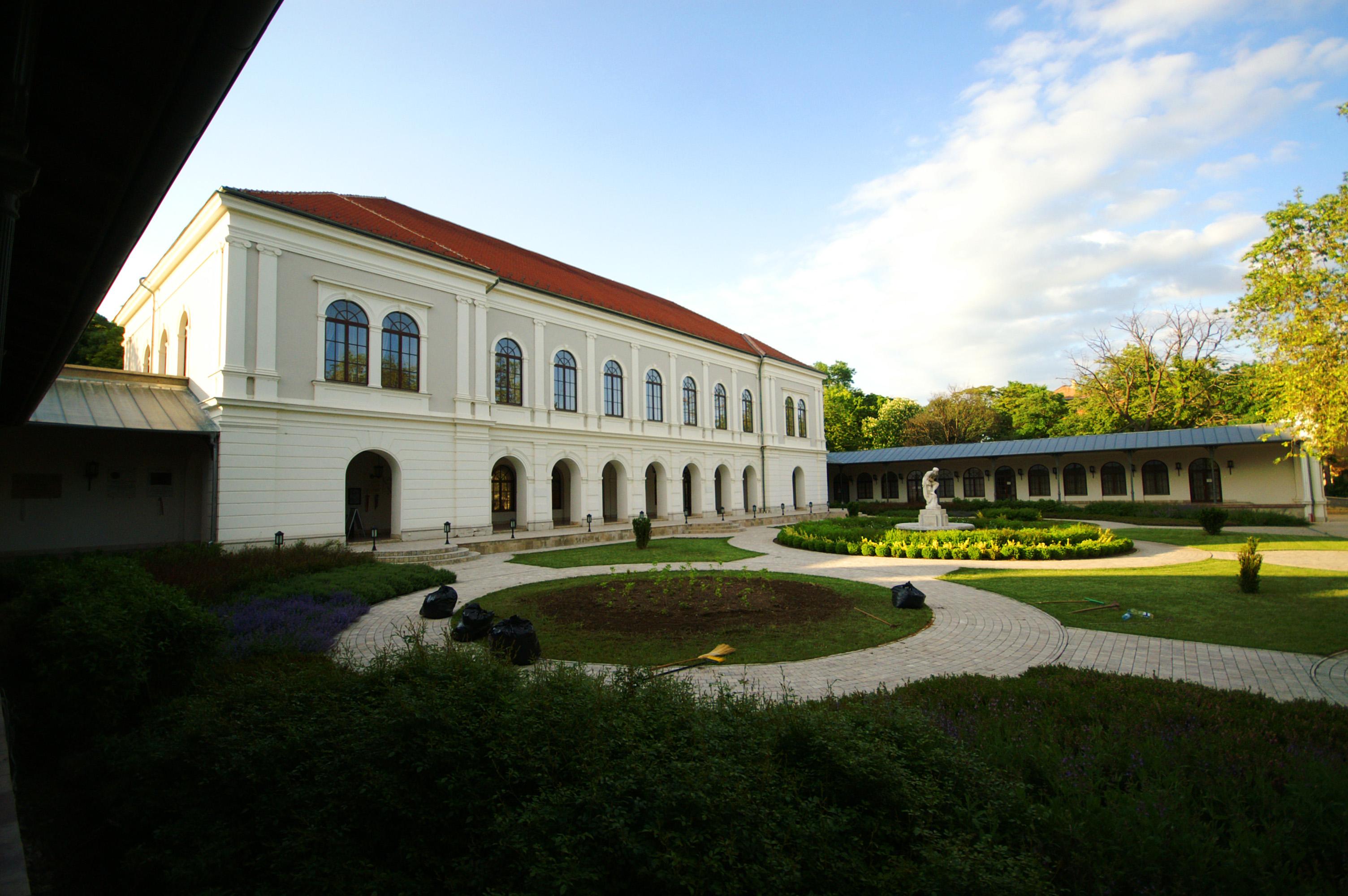 Balatonfüred századelős belvárosa