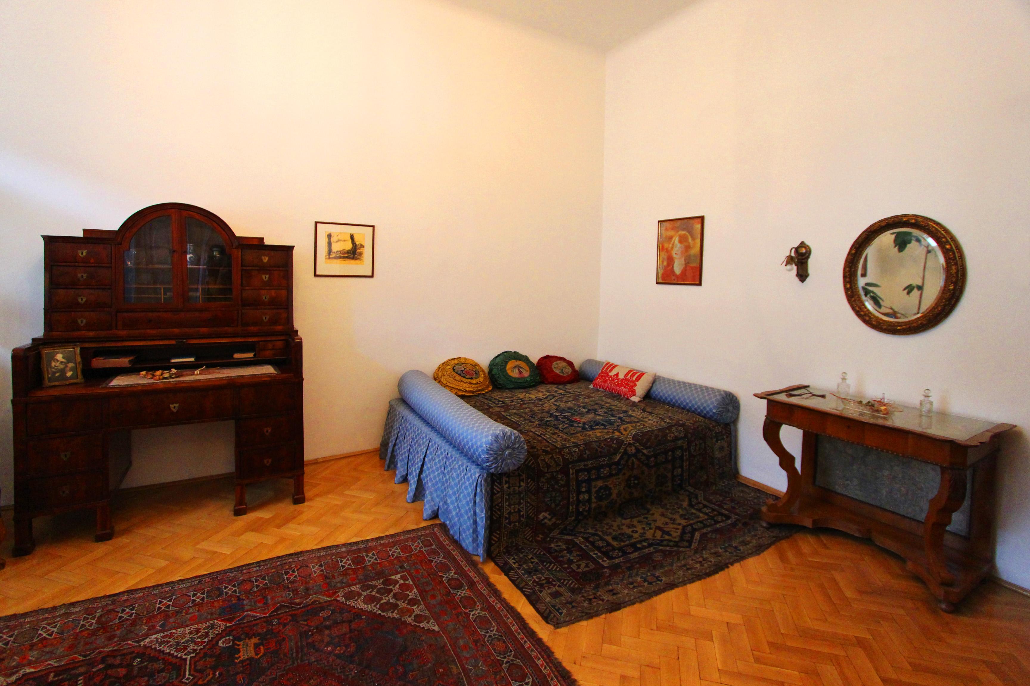 Ady és Csinszka közös lakása