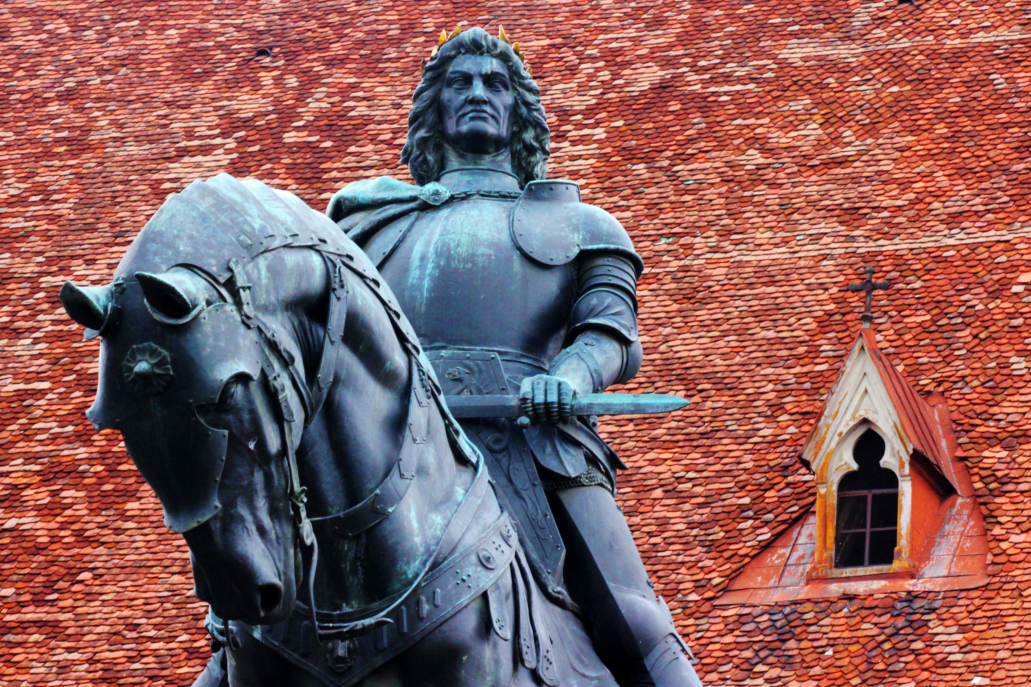 Mátyás-szobor Kolozsvár főterén