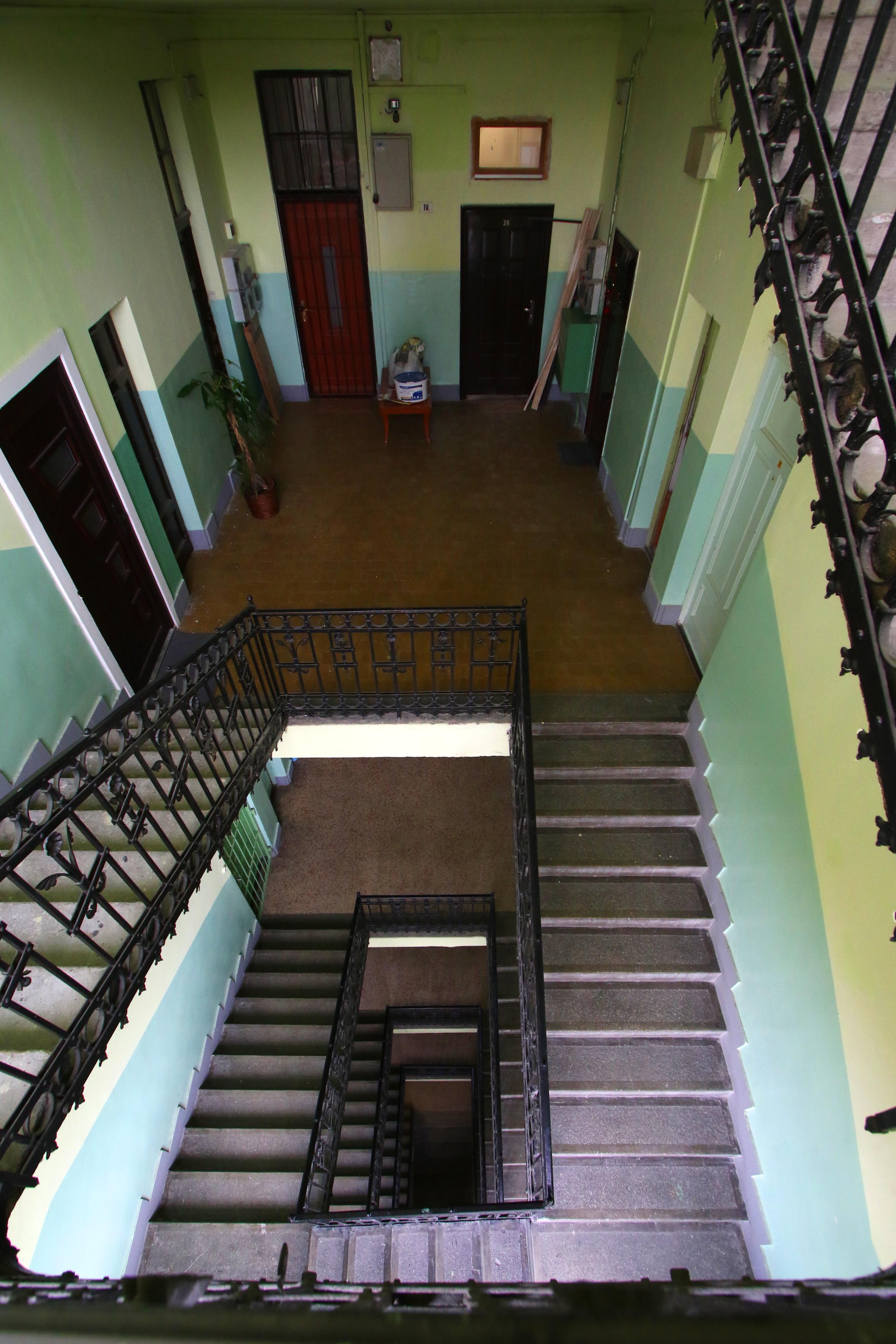 Ganz-MÁVAG kolónia, XVII. sz. ház lépcsőháza
