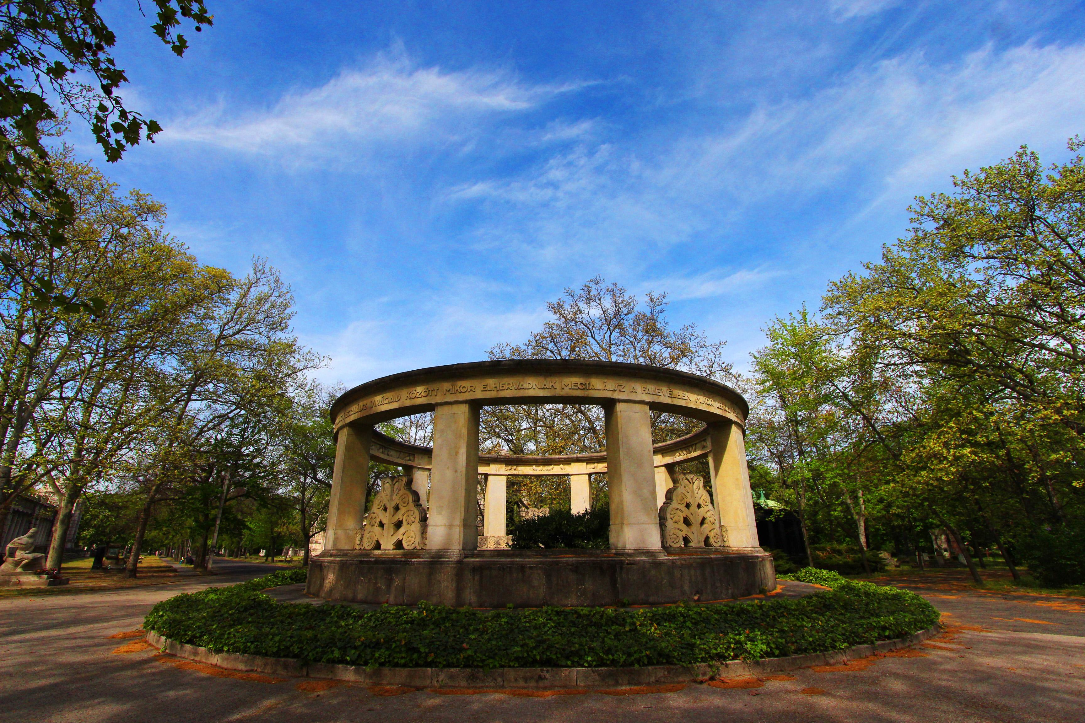 Jókai Mór sírja a Kerepesi temetőben