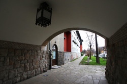 Wekerletelep, Zrumeczky Dezső által tervezett nyugati kapu