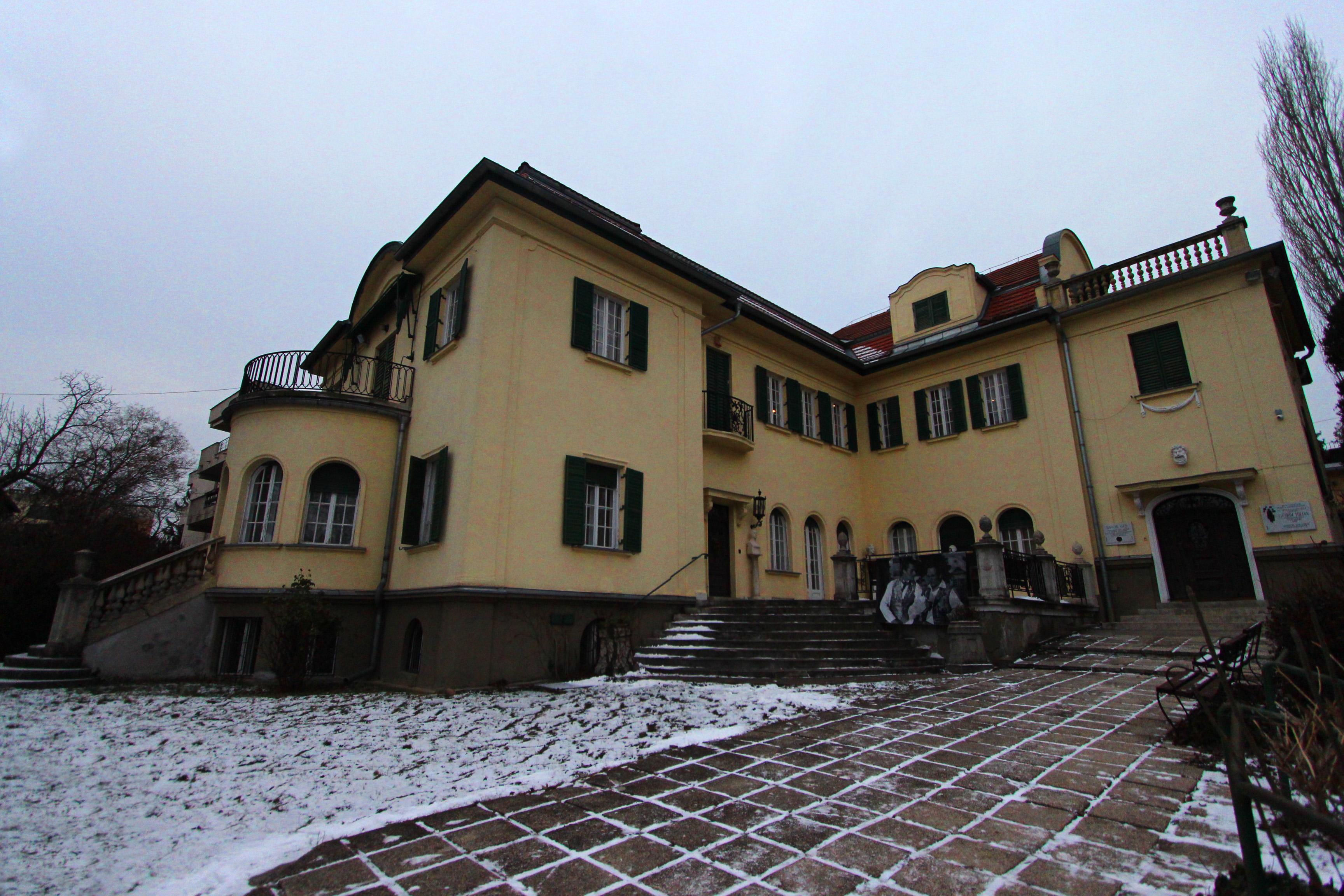 Bajor Gizi háza