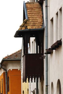 Wekerletelep, Kós Károly tér 1-4. (Kós Károly által tervezett épületek egyike.)