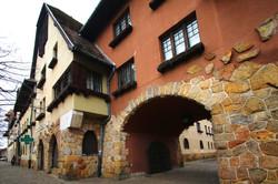 Wekerletelep, Kós Károly által tervezett keleti kapu