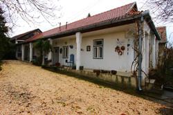 Tolnay emlékház, Mohora