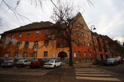 Wekerletelep, Kós Károly tér 5.