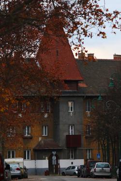 Wekerletelep, Kós Károly tér 8.