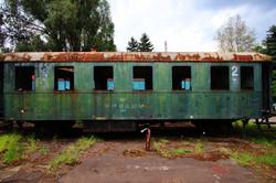 A századelős Istvántelki Főműhely másodosztályú személykocsija - urbex
