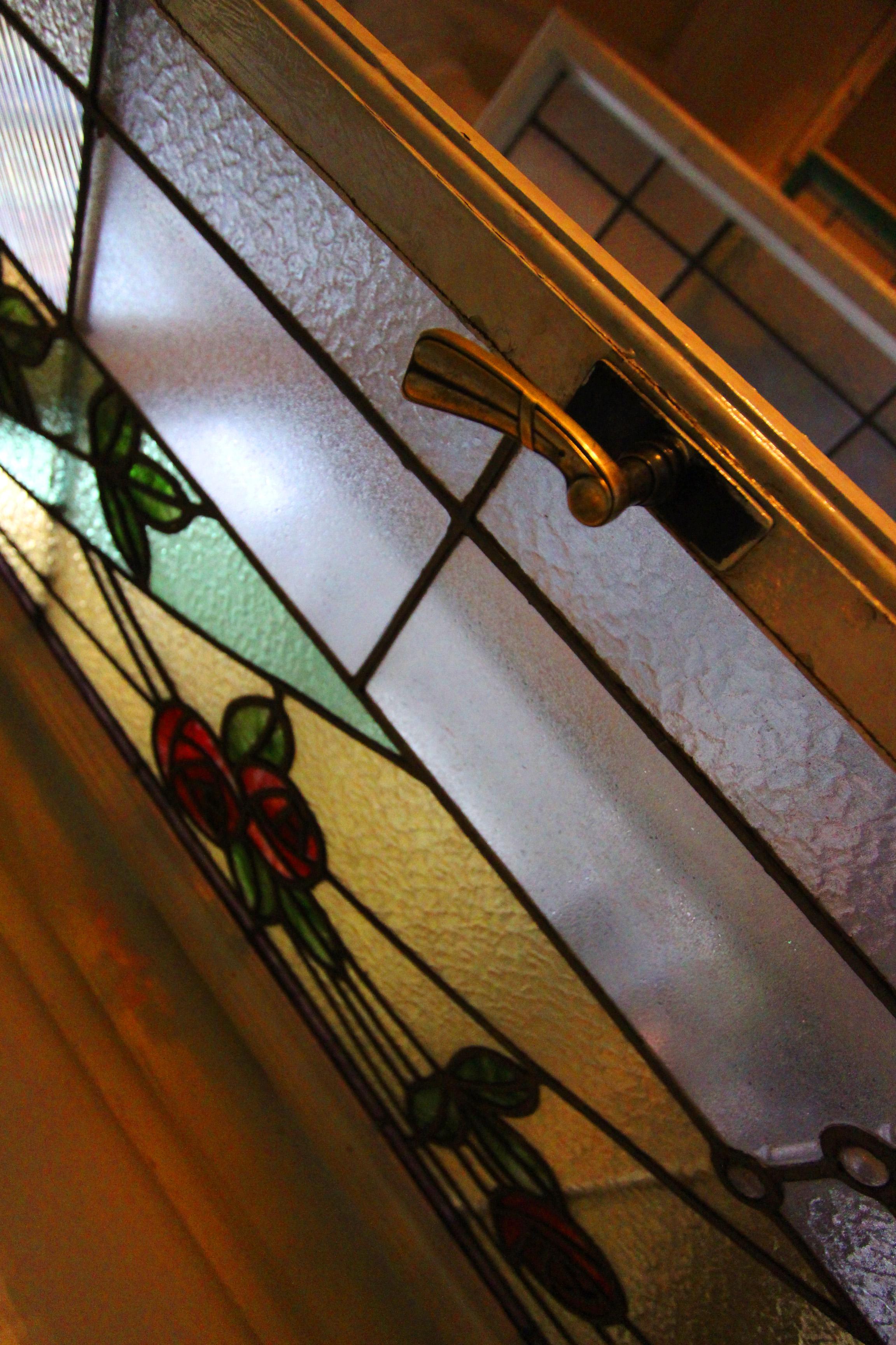 Ybl-ház Róth Miksa üvegablakokkal