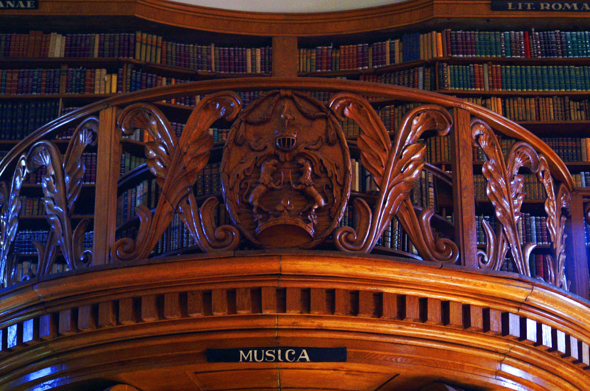 Festetics-kastély könyvtára