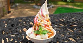 フルーツカフェで人気の素朴な極み。京都のお豆腐屋さんからおとり寄せした豆乳に黒糖蜜をのせたヘルシーなスイーツです。OKINAWAフルーツらんどで遊んだ後はぜひご賞味ください。オススメの一品です。
