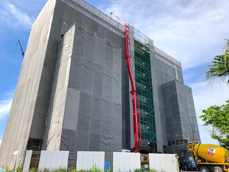 最終階のコンクリート工事も無事完了です。