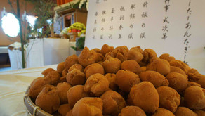OKINAWAフルーツらんどにて、年に一度開催されるサーターアンダギー祭り、新しいホームページに追加されました。お時間ある際にご一読いただけましたら幸いです。沖縄のお菓子の歴史や物語を伝えるお祭りです