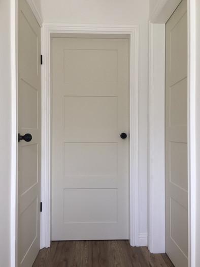 Internal Doors, Frames & Flooring