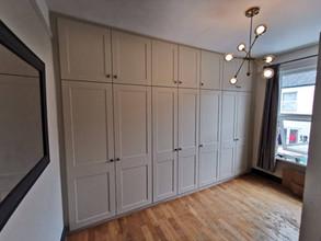 Bespoke Mussel Shaker Fitted Bedroom