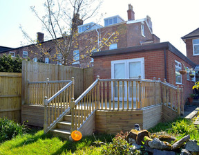 A Decking with Balustrade & Stairs