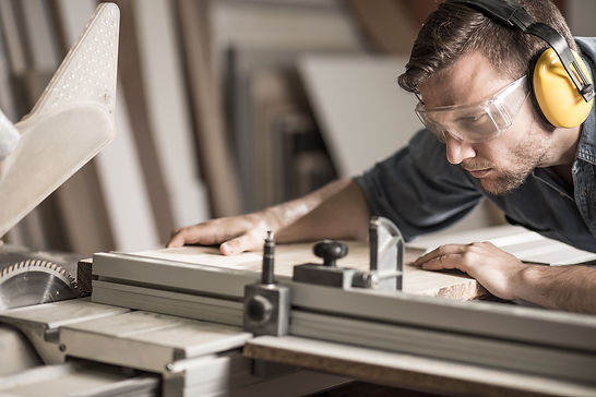 D K JOINERY | Wirral - About Us - Qualified Experience - Joiners, Joinery, Carpentry, Fitter