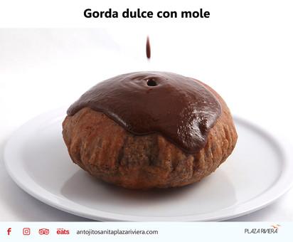Gorda dulce con mole