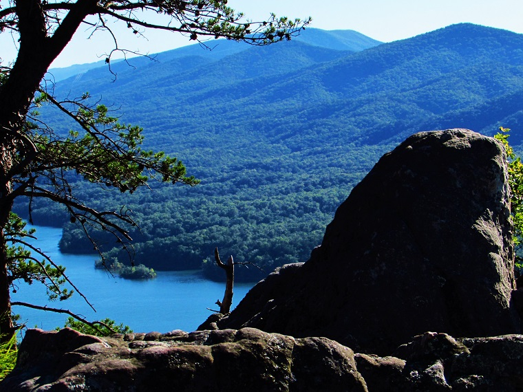 Carvins Cove (Appalachian Trail)