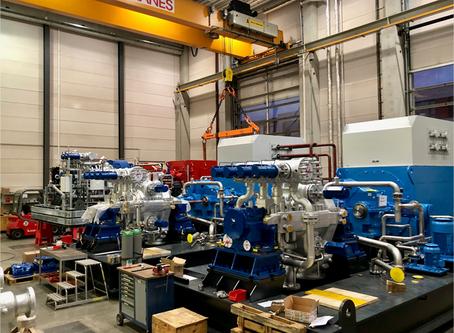 Dampfturbosätze für Kroatien und Frankreich beim Packagen in unserer Halle in Nürnberg