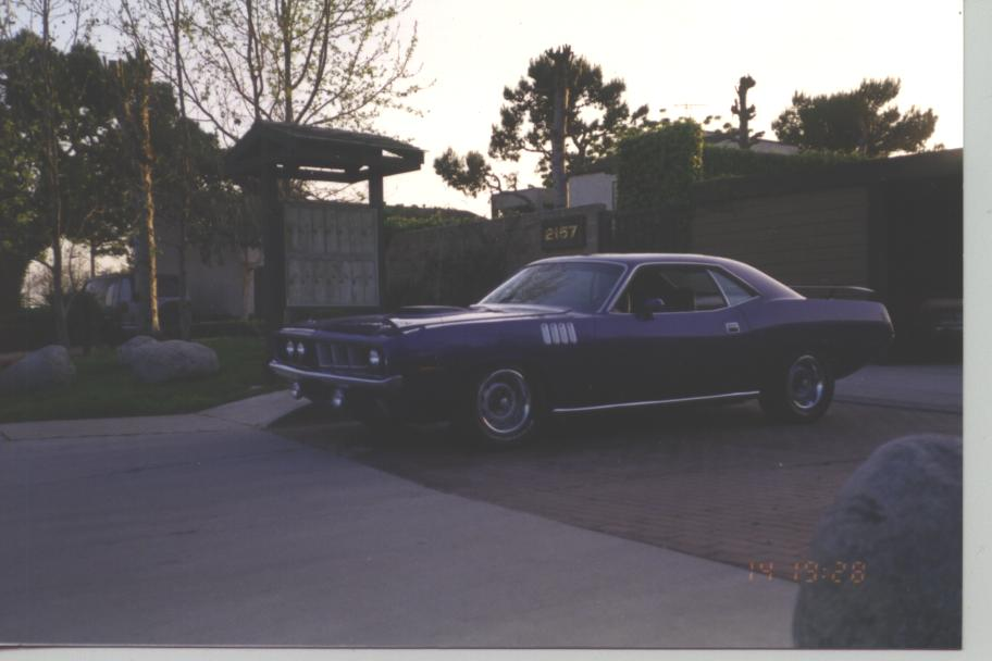 71_Purple_Cuda_Finished_008