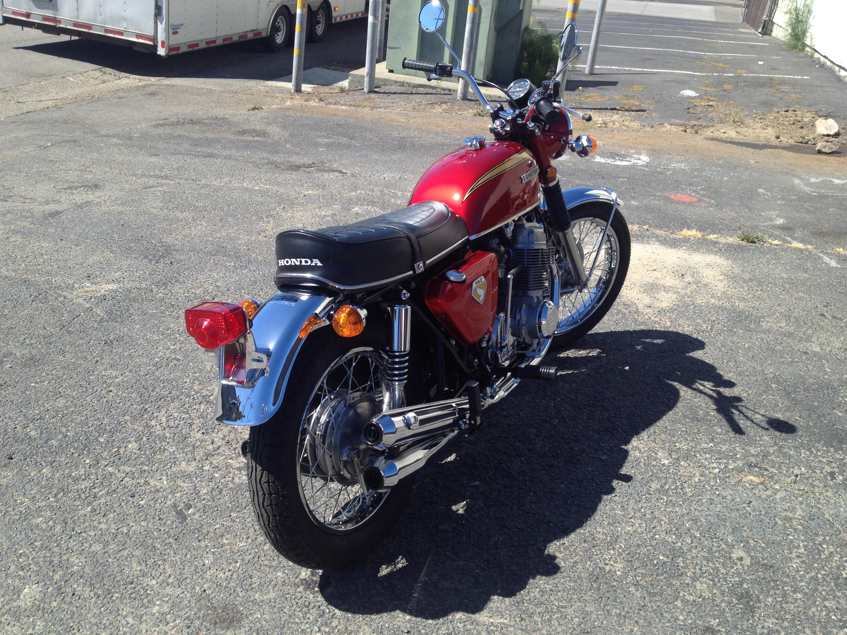 Honda CB750 K0 (7)