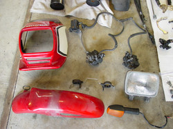 CB1100F_Completely_Disassembled_011