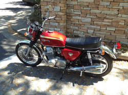 Honda CB750 K0 (1)