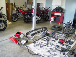 CB1100F_Completely_Disassembled_019