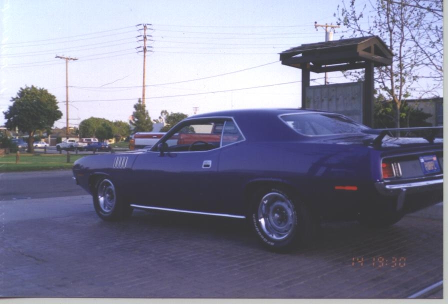 71_Purple_Cuda_Finished_007
