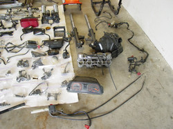 CB1100F_Completely_Disassembled_004