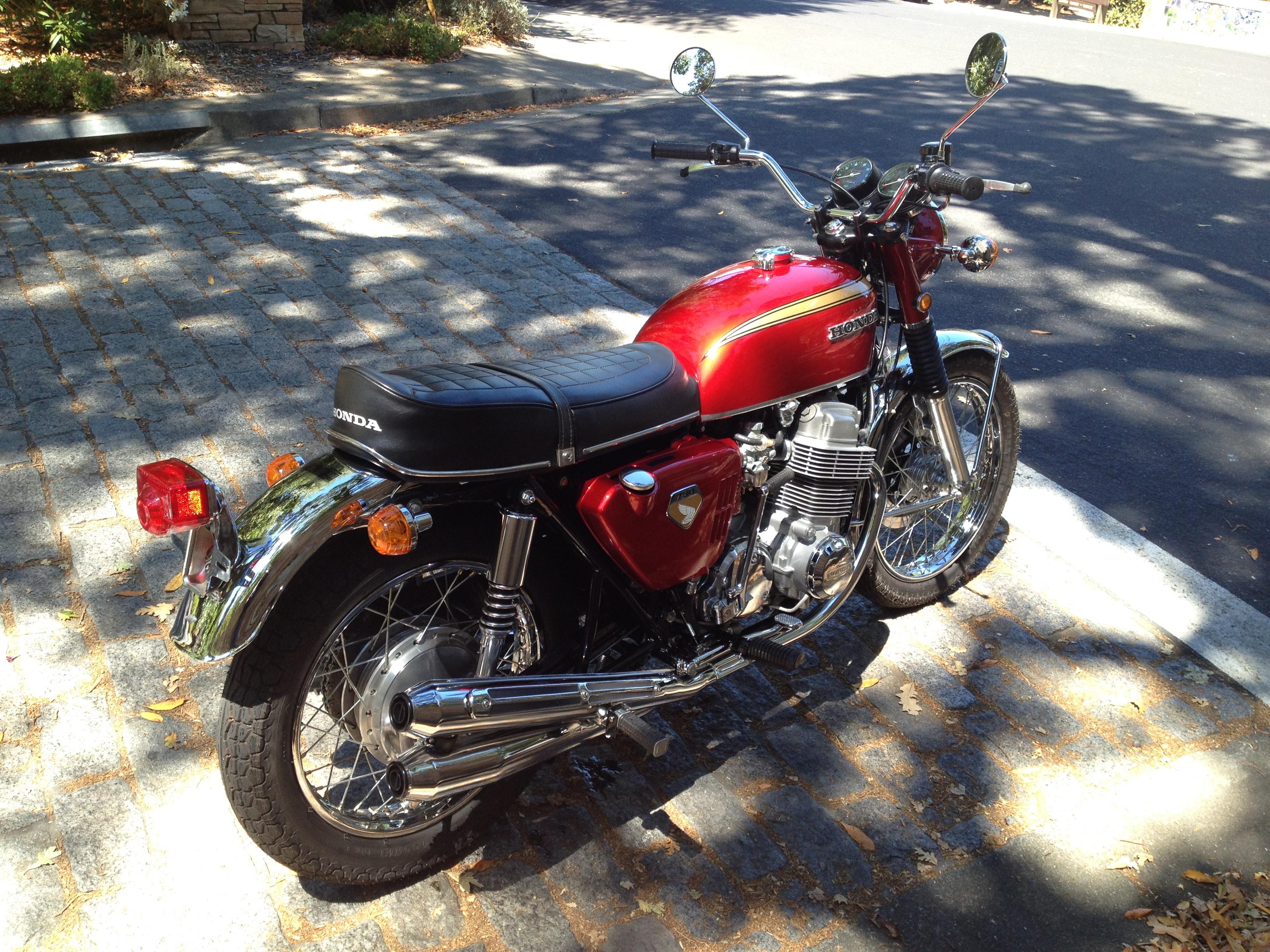 Honda CB750 K0 (3)