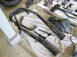CB1100F_Completely_Disassembled_008