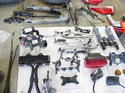 CB1100F_Completely_Disassembled_012