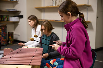 Music lesson on Orff instruments