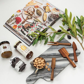 EMPLOYEE APPRECIATION DAY: 5 CURATED GIFT BOXES