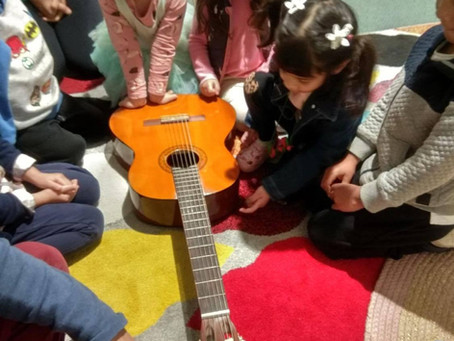 Music lessons: the importance of introducing Brazilian music to our youngsters