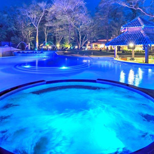 Pool new night-9556 (2) .jpg