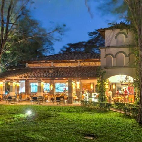 Restaurante noche-9546 (2).jpg