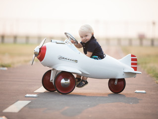 Little Aviator Mini Sessions