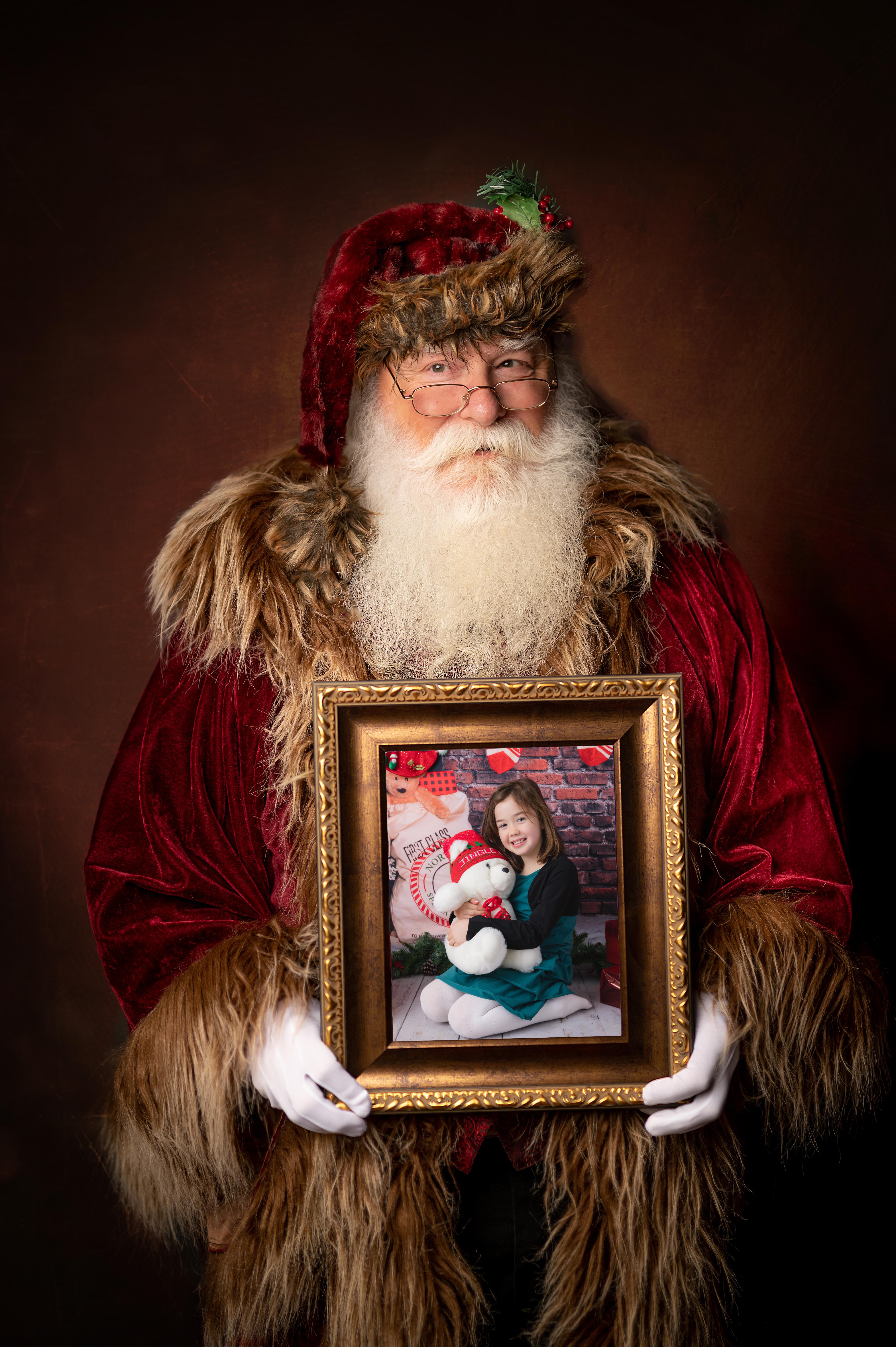 #3 - Portrait Santa Vertical