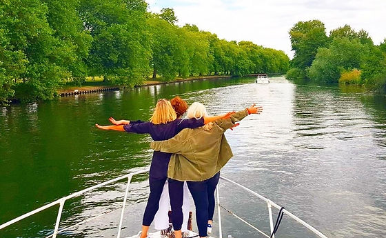 Cruise the Thames with Riverscapes