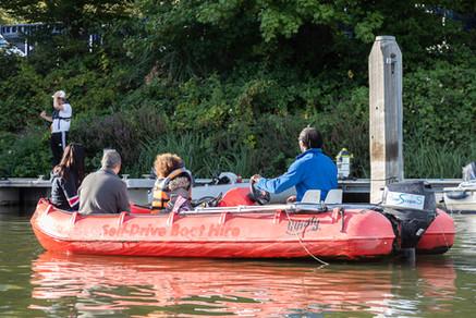 Self Drive Boat 2
