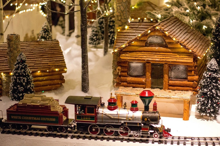 """The """"Hot"""" Top 100 Toy List - Christmas is coming fast!"""