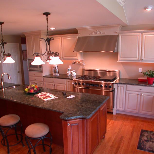 Galuchie Kitchen.jpg