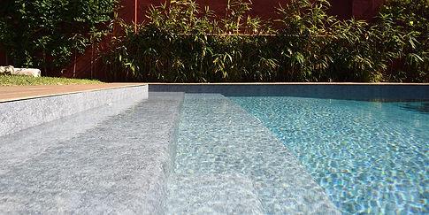 piscina con telo arkoplan sardegna