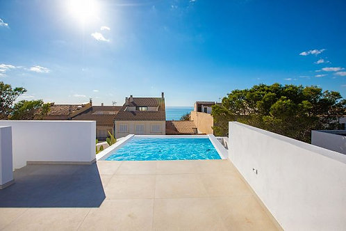 Spectacular modern newly build chalet with seaviews in Ses Covetes