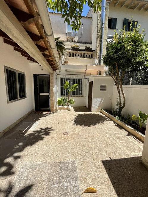 Ground floor with patio and garage in Llucmajor pueblo