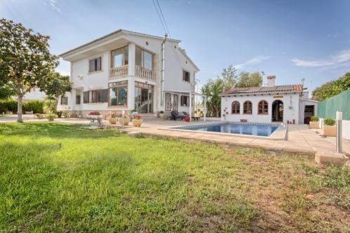 Schöne Villa dicht am Palma mit freistehendes BBQ-Haus in Son Sardina